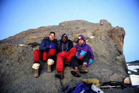 Auf dem Gipfel des Kilimanjaro