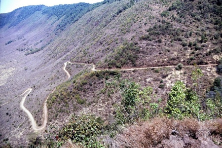Abfahrt in den Ngorogorokrater