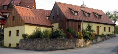 Das Hüthaus wurde gelb